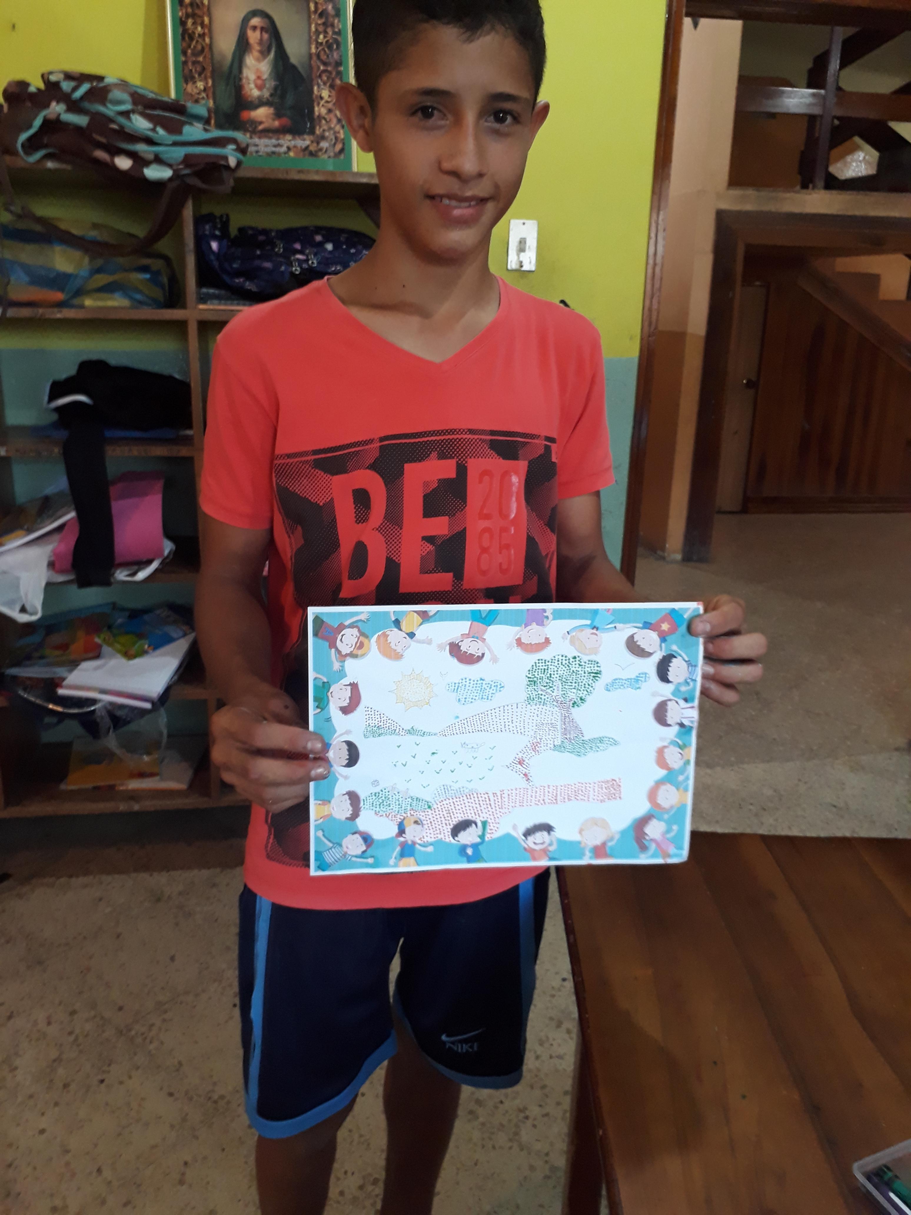 Ein Kind mit seinem BIld